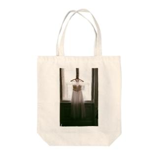 ウェディングドレス Tote bags