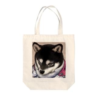 犬騎士 黒柴のロシバンのグッズ Tote bags