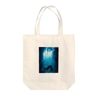 スキューバダイビング Tote bags