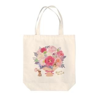 うさぎのブーケ Tote bags
