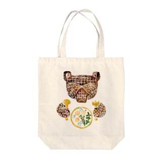 春のごちそう(くま) Tote bags