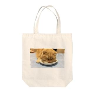 氷が好きな猫 Tote bags