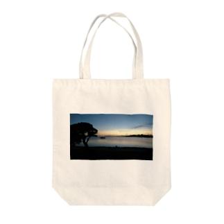 YU-YAKE Tote bags