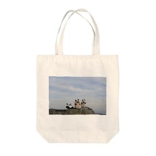 石ころパンダ Tote bags