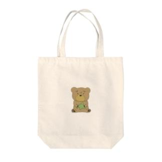 北海道を持ったクマ Tote bags