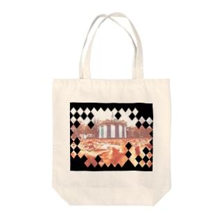 サイレントサァカス Tote bags