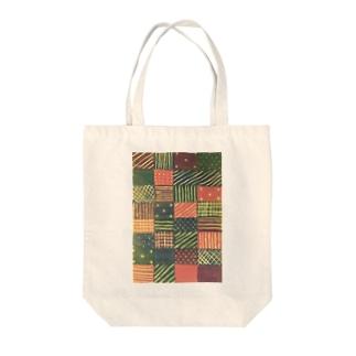 モヨウ1 Tote bags