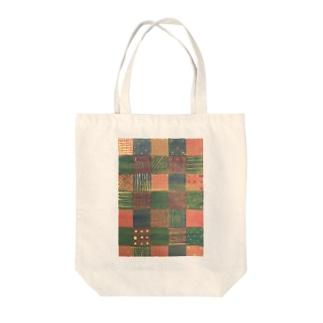 モヨウ3 Tote bags