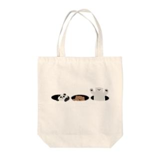 ひょっこりクマ Tote bags