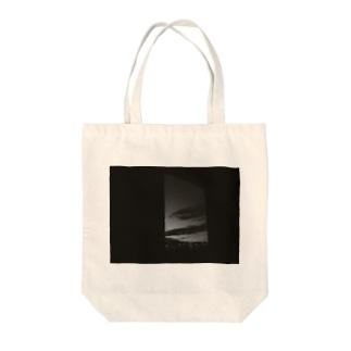 モノクロの夜 Tote bags
