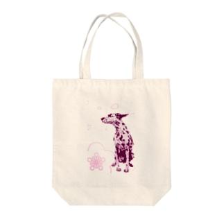 新春犬 Tote bags