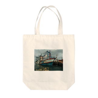 303ceのタイの漁船 Tote bags