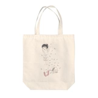 泉まくら 女の子 Tote bags