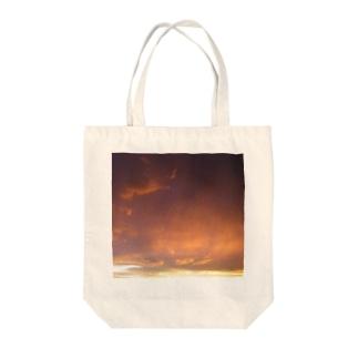タナビク Tote bags