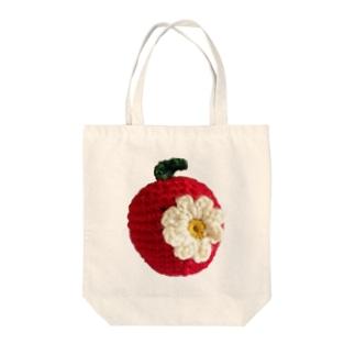 花付き赤リンゴ Tote bags