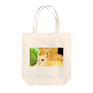 猫2 Tote bags