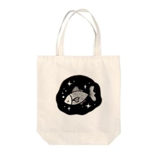 夜の魚 Tote bags