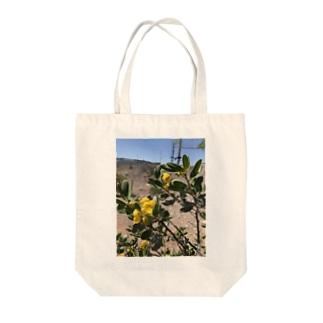 砂漠に咲いた花 Tote Bag