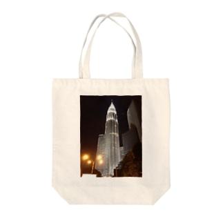 ペトロナスツインタワー Tote bags