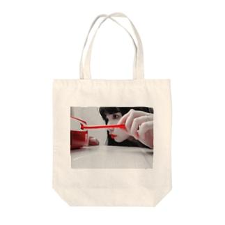 平成をめぐる2 Tote bags