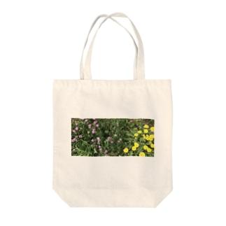 春の野の花 Tote bags