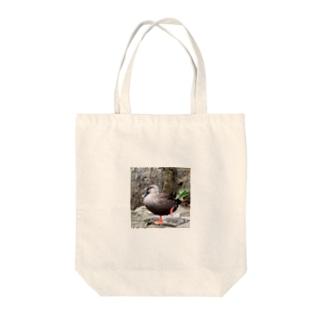 カカシポーズのカモさん Tote bags