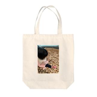 子供とボールと Tote bags