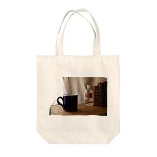 キュノワール Tote bags