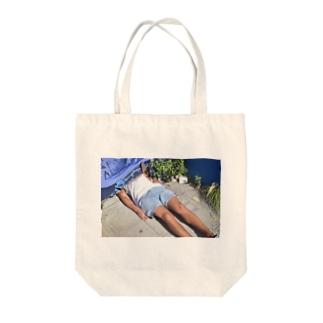 人 Tote bags