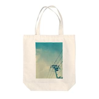 電信柱と空 Tote bags