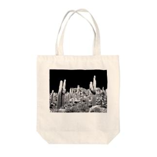 サボテン Tote bags