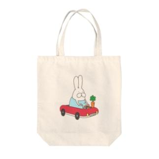 うさぎロンパースのドライブ Tote bags