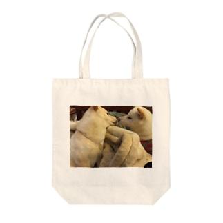 くちづけ Tote bags