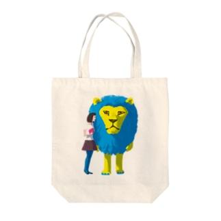 ライオンマンとガール Tote bags