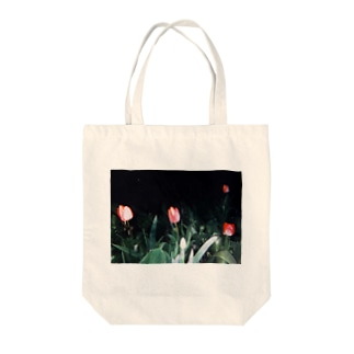 tulips Tote bags