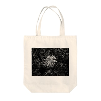 A Life Once Bloomed Tote bags