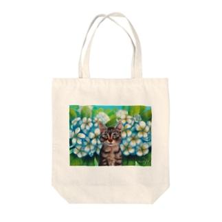 Plumerian Surprise Tote bags