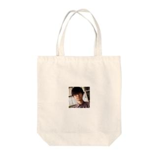 ハカセくん Tote bags