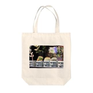 モアイ Tote bags