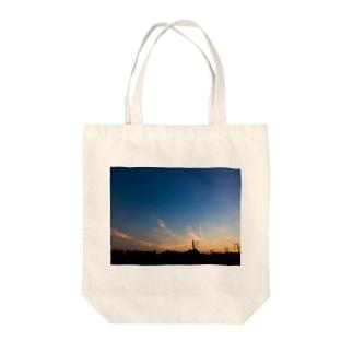 夕焼け空 Tote bags
