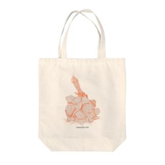 亀甲竜 Tote bags