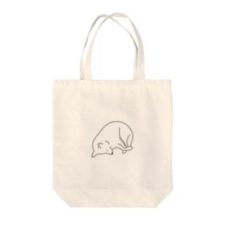 うちのいぬ  眠 Tote bags