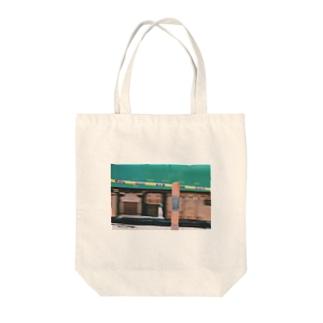 電車でもいいんじゃない? Tote bags