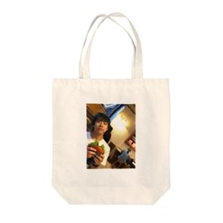 しゅう Tote bags