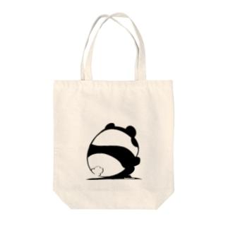 しゃがみパンダ Tote bags