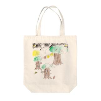 夏の夜の森 Tote bags