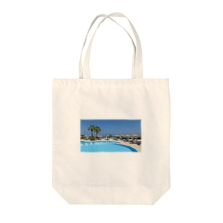 プールサイドで Tote bags