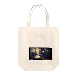 ベンチタイム Tote bags