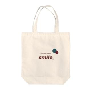 smileee Tote bags