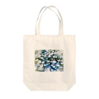 ネモフィラ Tote bags